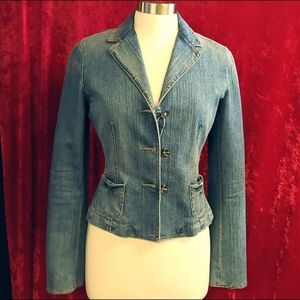 Elie Tahari Denim Lined Blazer 3 Button Front
